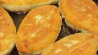 Kıymalı Patatesli Kızarmış Börek