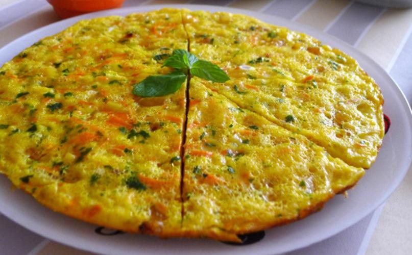 Fırında Domatesli Omlet Tarifi