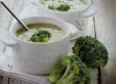 Yoğurtlu Brokoli Çorbası