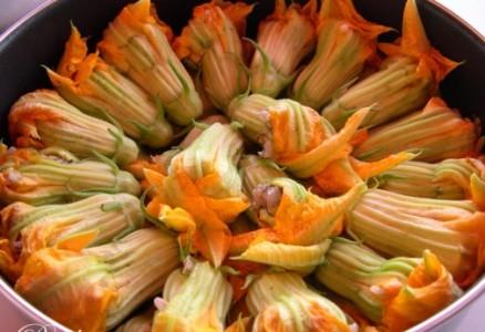 kabak çiçeği dolması