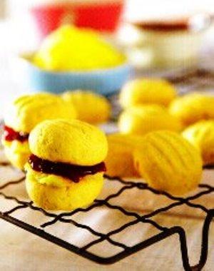 Ahududu recelli kurabiye