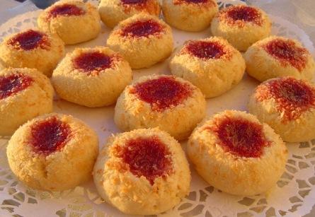 Vişne marmelatlı kurabiye