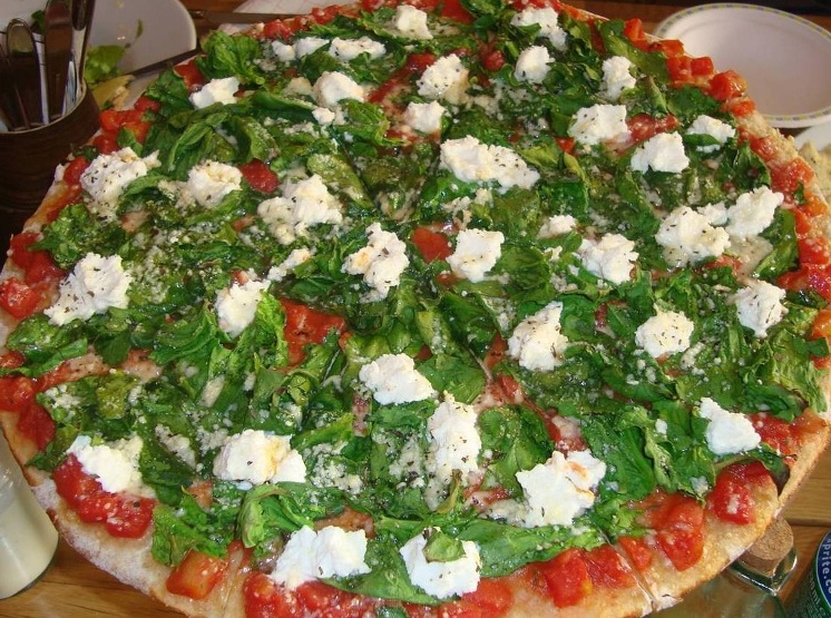 Haşhaşlı Kepekli Pizza Yapılışı
