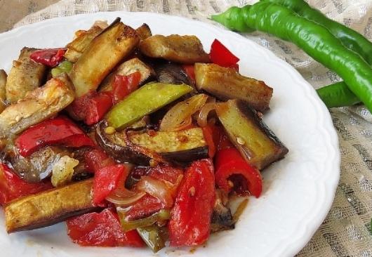Etsiz Patlıcan Yemeği