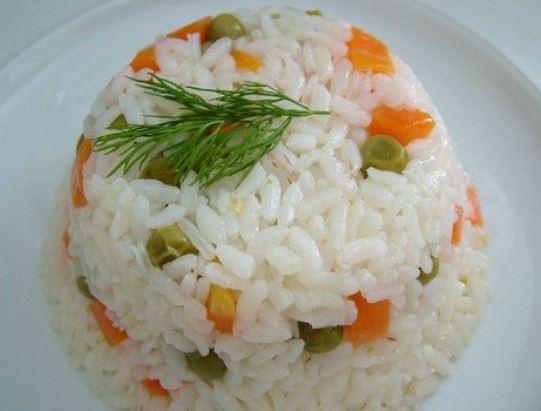 Mısırlı Havuçlu Pirinç Pilavı Tarifi