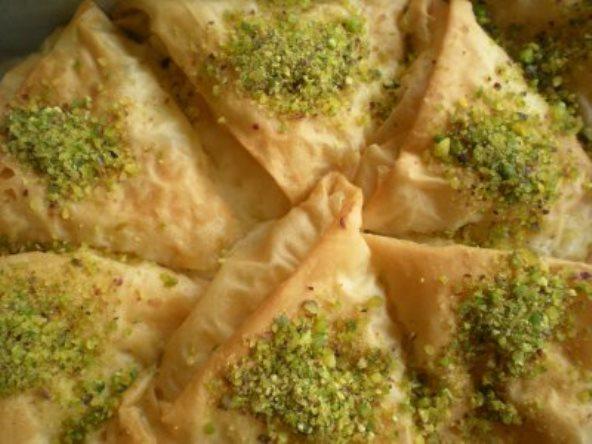 Kıbrıs Usulü Muhallebili Tatlı Tarifi