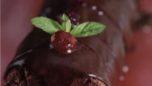 Vişne ve Çikolata Kremalı Rulo