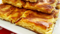 Kaşar Peynirli Tereyağlı Su Böreği