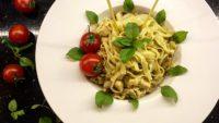 Restaurantların Vazgeçilmez Yemeği Köri Soslu Tavuklu Makarna Tarifi